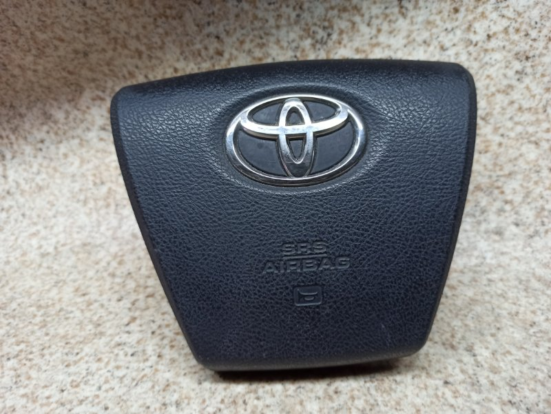 Airbag водителя Toyota Crown Majesta URS206 2011