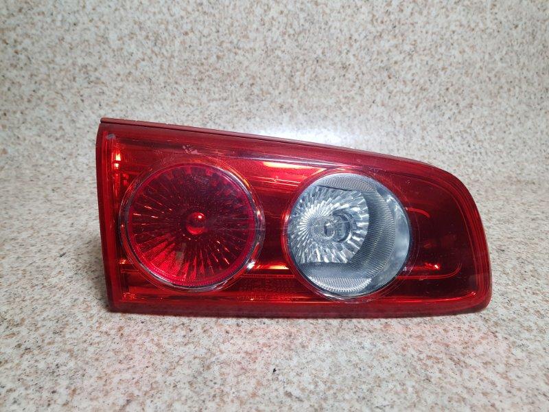 Вставка между стопов Mazda Demio DY3W задняя левая