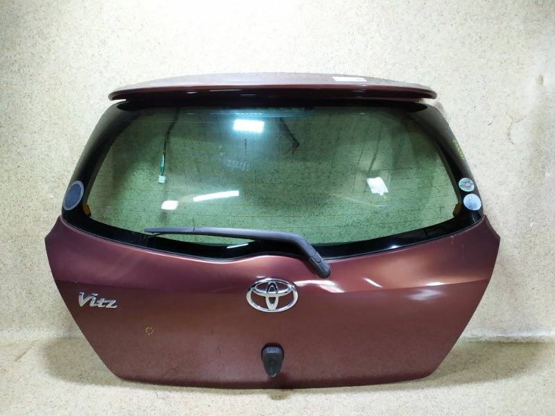 Дверь задняя Toyota Vitz KSP90 2010 задняя