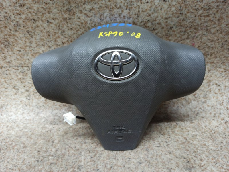 Airbag водителя Toyota Vitz KSP90