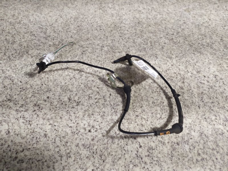 Датчик abs Nissan Moco MG33S передний правый