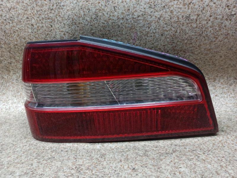 Стоп-сигнал Nissan Laurel HC35 задний левый