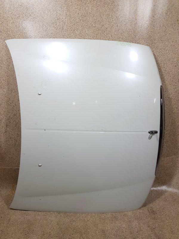 Капот Nissan Laurel HC35 2000