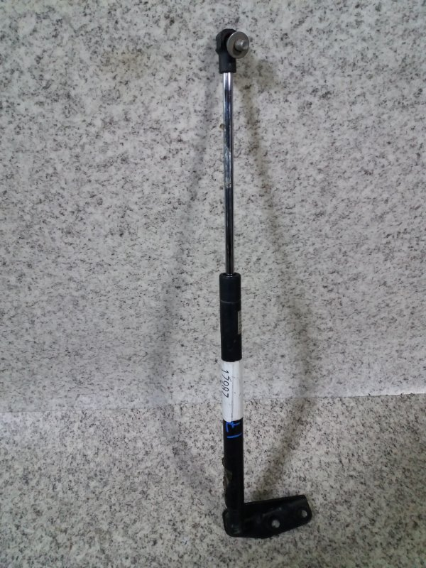 Амортизатор задней двери Suzuki Sx4 YA11S задний #662105