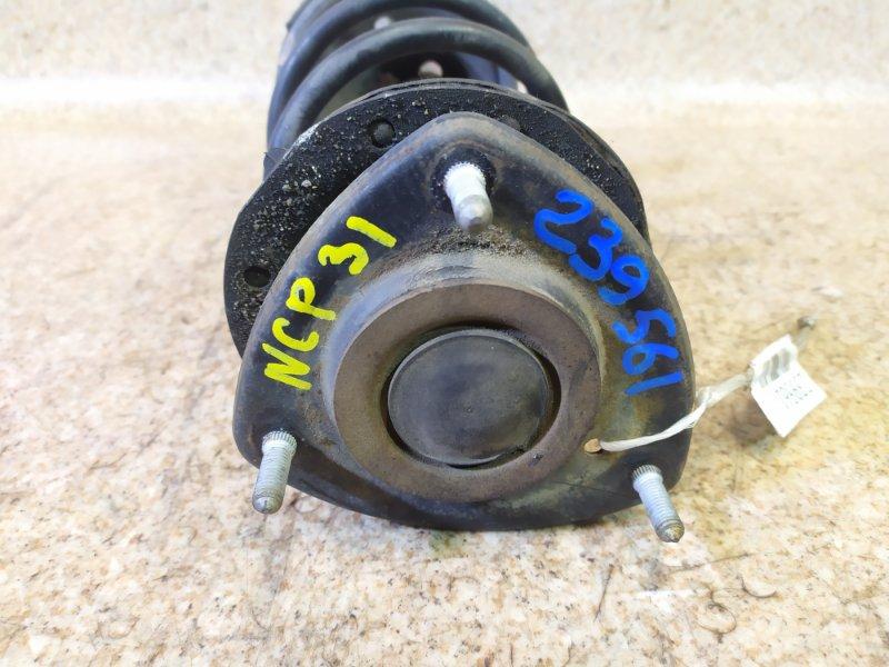 Стойка Toyota Vitz SCP10 передняя правая