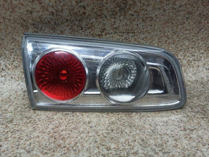 Вставка между стопов Mazda Demio DY3W 2006 задняя левая