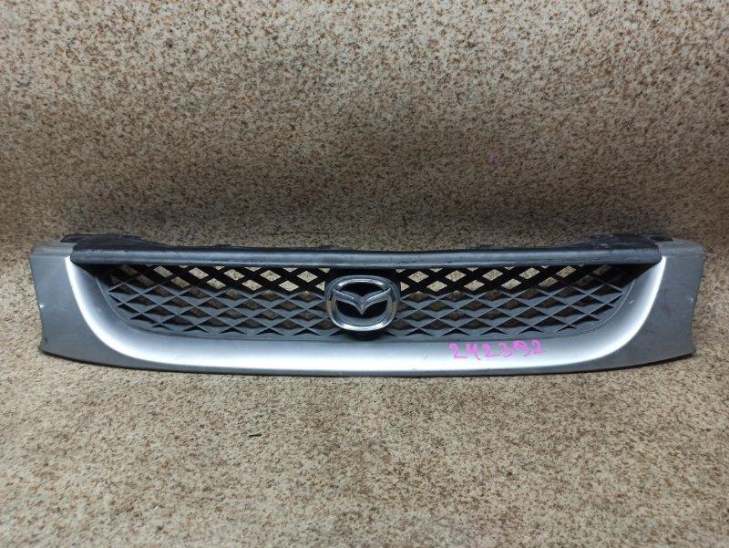 Решетка радиатора Mazda Capella GF8P передняя