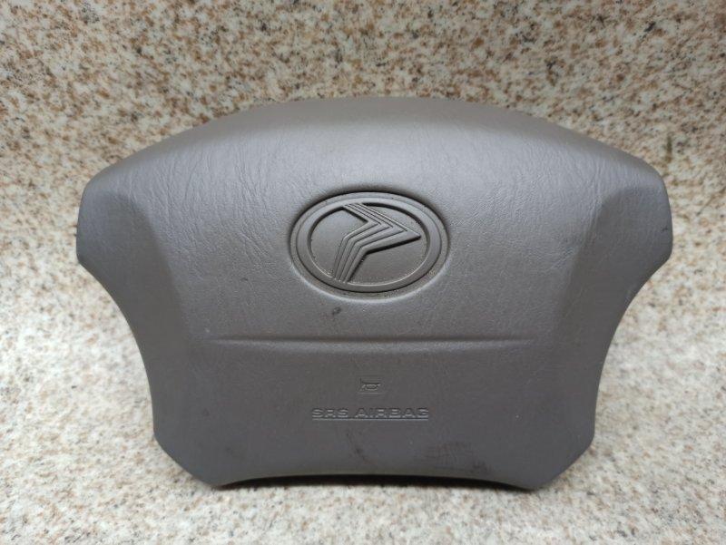Airbag водителя Toyota Progres JCG11 2004