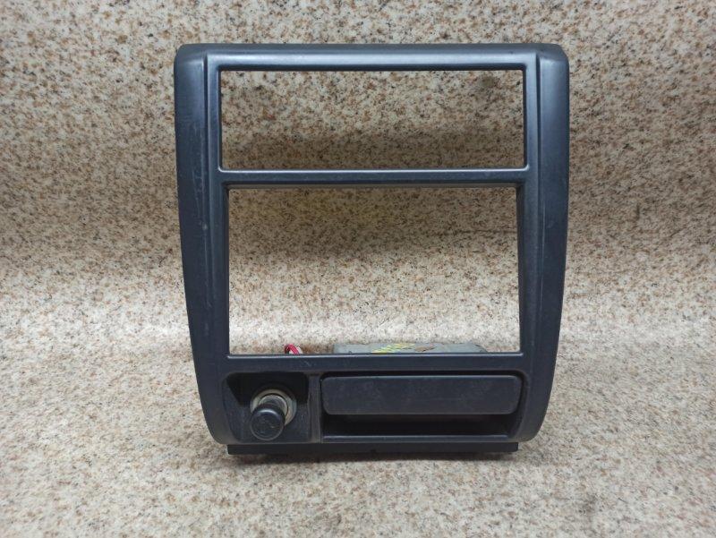 Консоль магнитофона Subaru Forester SF5