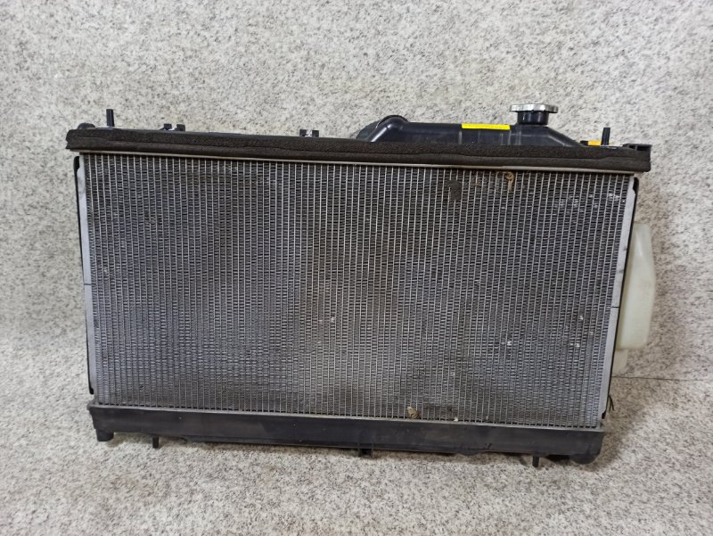 Радиатор основной Subaru Impreza GP7 FB20