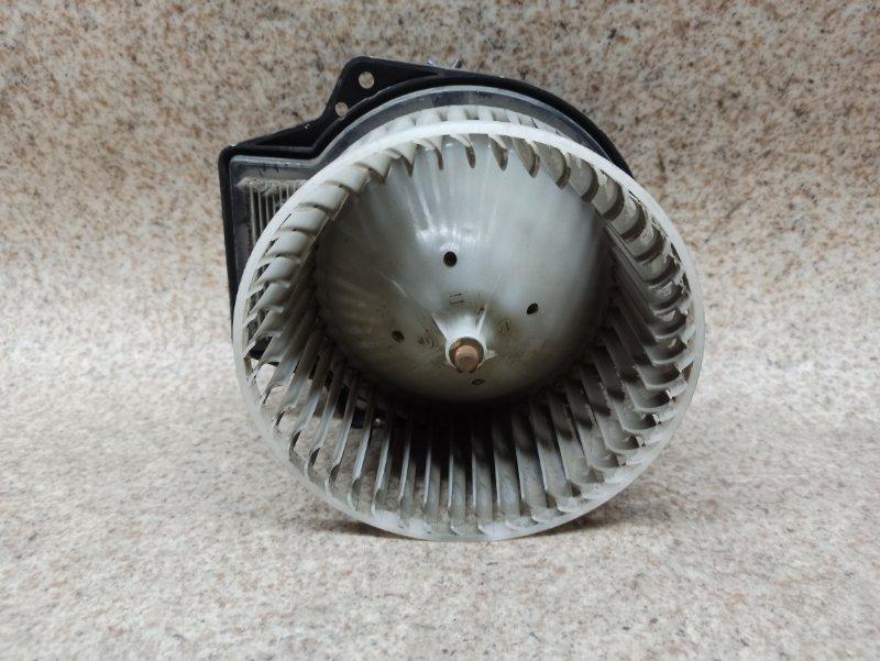 Мотор печки Nissan Elgrand APE50