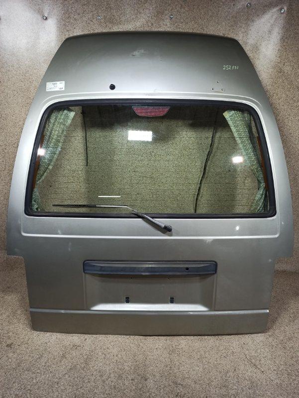 Дверь задняя Nissan Caravan ARMGE24 1995