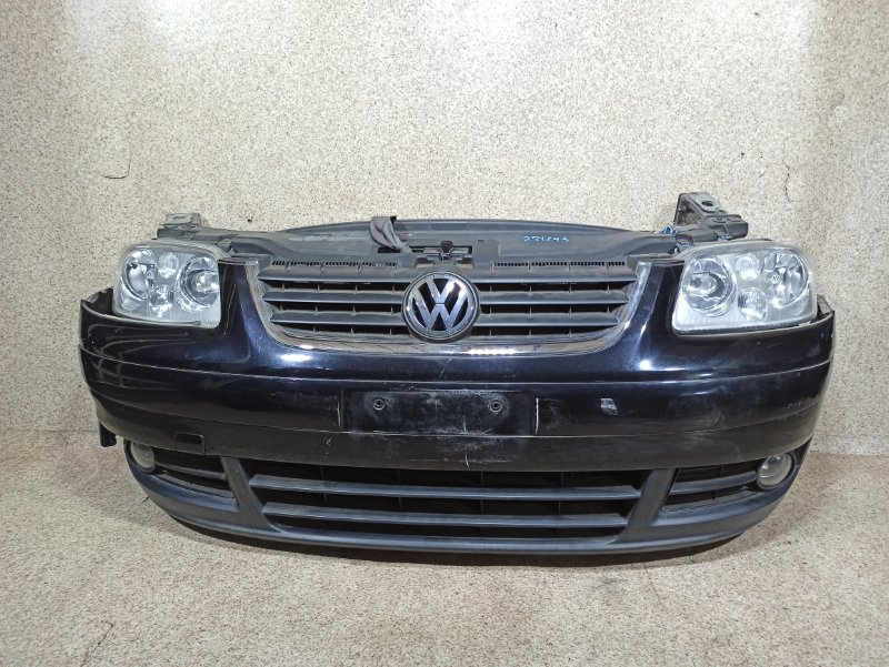 Nose cut Volkswagen Touran 1T1