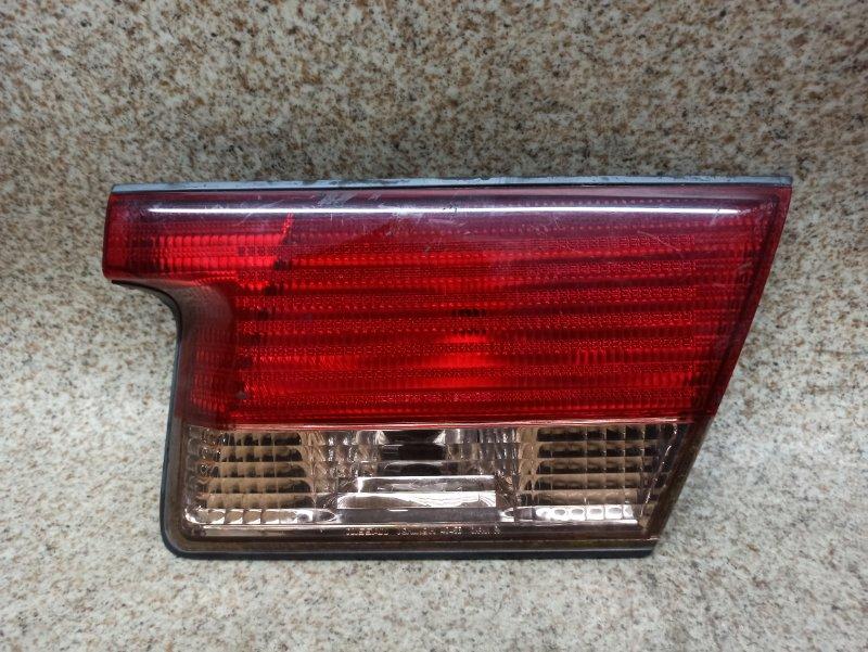 Вставка между стопов Nissan Sunny FB15 задняя правая