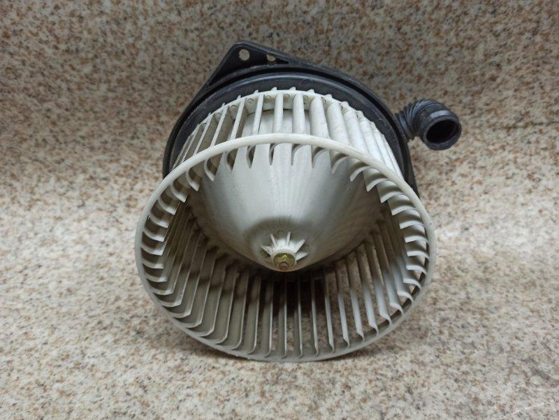 Мотор печки Nissan Liberty PM12