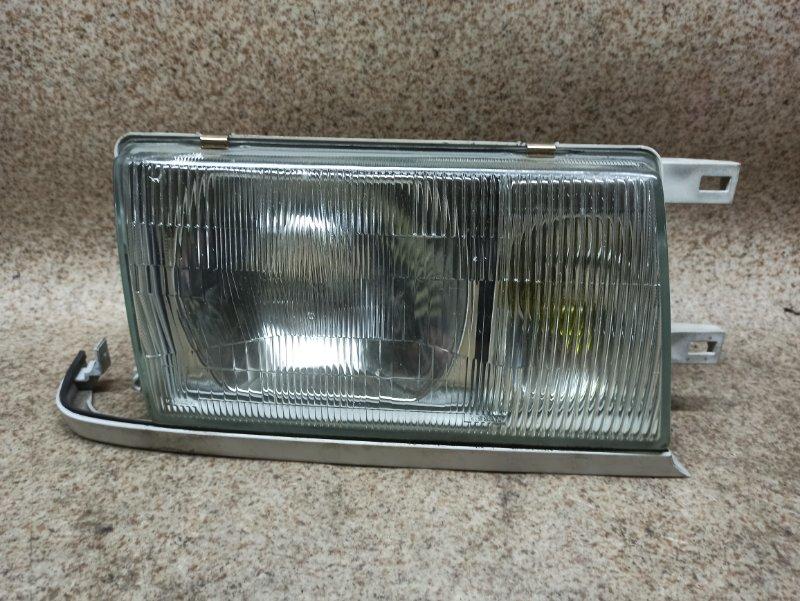 Фара Nissan Cedric MJY31 передняя правая