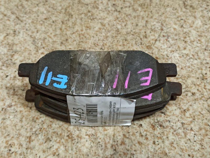 Тормозные колодки Nissan Note E11 переднее