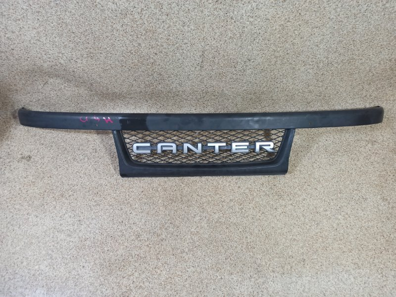 Решетка радиатора Mitsubishi Canter FB500