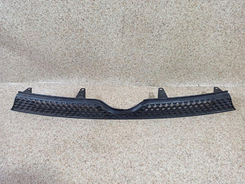 Решетка радиатора Toyota Sienta NCP81