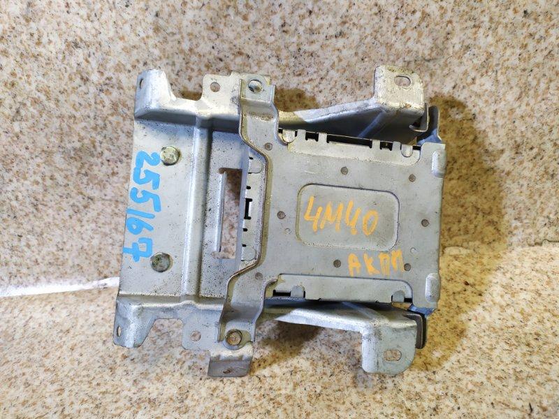 Блок переключения кпп Mitsubishi Delica PE8W 4M40