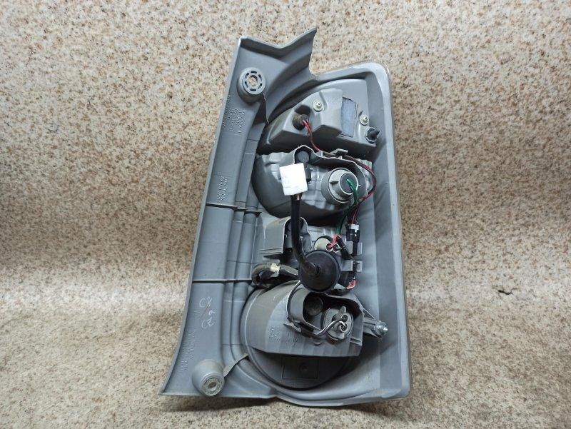 Стоп-сигнал Toyota Passo KGC30 2010 задний левый