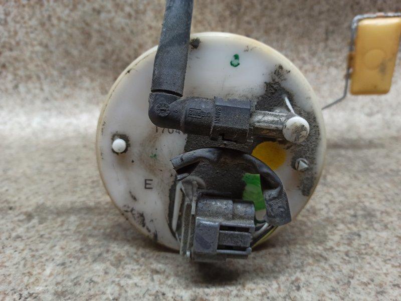 Топливный насос Nissan Presage TNU31 QR25DE 2003