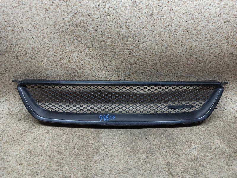 Решетка радиатора Toyota Altezza SXE10