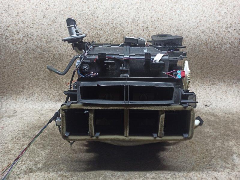 Печка Toyota Avensis ZRT272 3ZR-FAE 2013