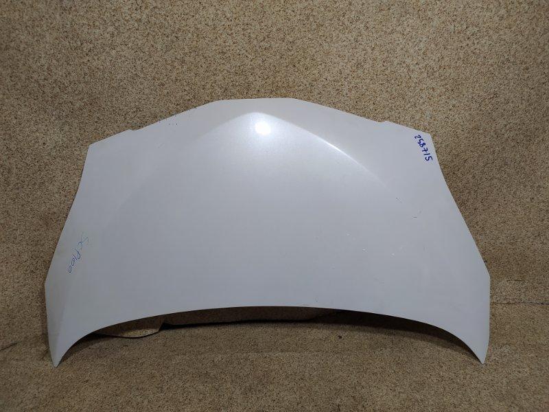 Капот Toyota Ractis SCP100 2SZ-FE 2007