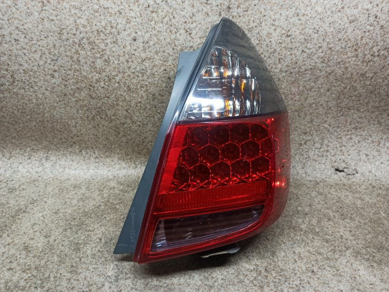 Стоп-сигнал Honda Fit GD1 2005 задний правый