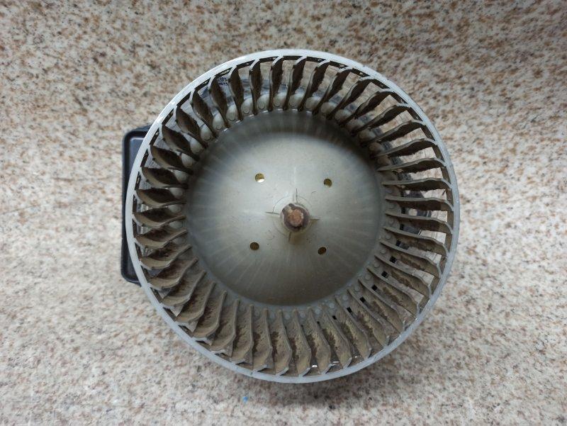 Мотор печки Nissan Bassara JU30