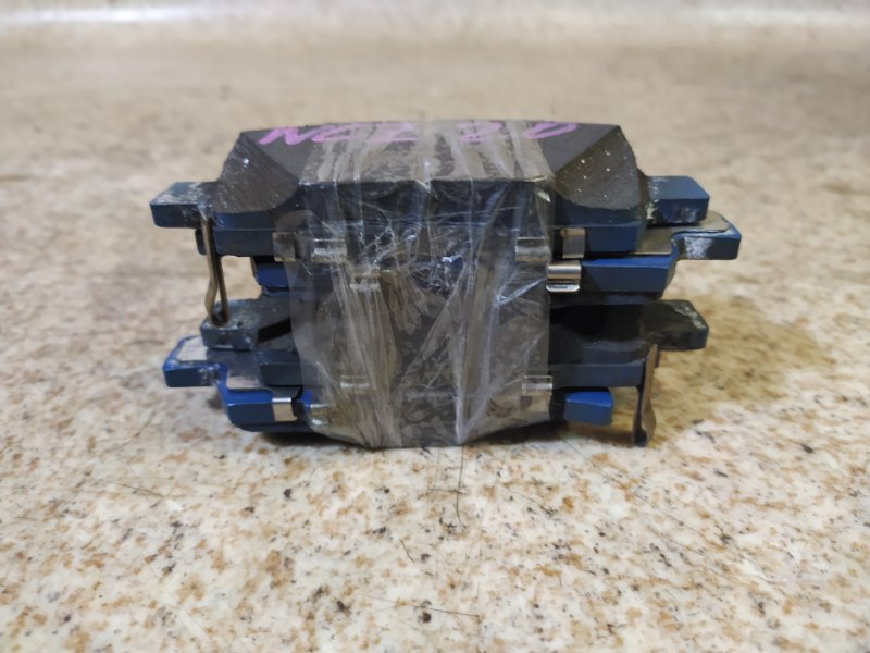 Тормозные колодки Toyota Raum NCZ20 1NZ-FE переднее
