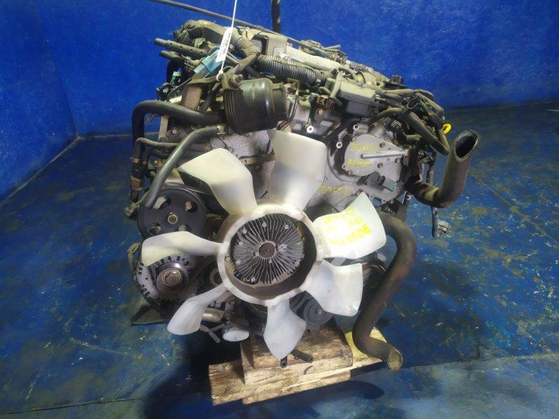 Двигатель Nissan Elgrand APE50 VQ35DE 2001