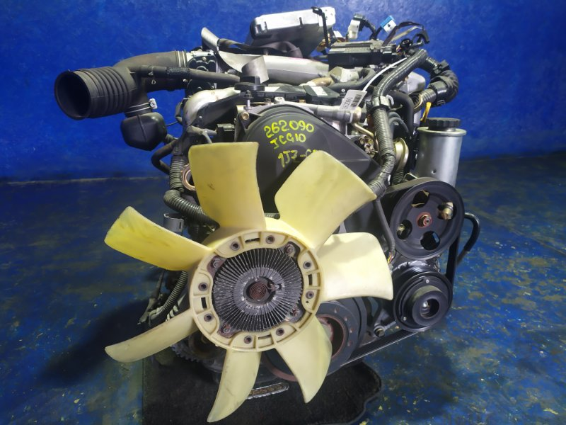 Двигатель Toyota Progres JCG10 1JZ-FSE 2003