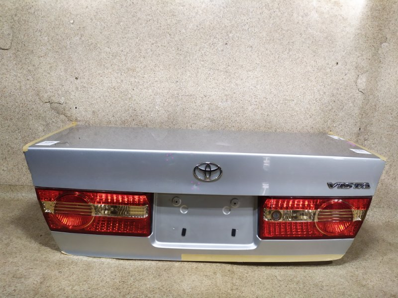 Крышка багажника Toyota Vista ZZV50 2002