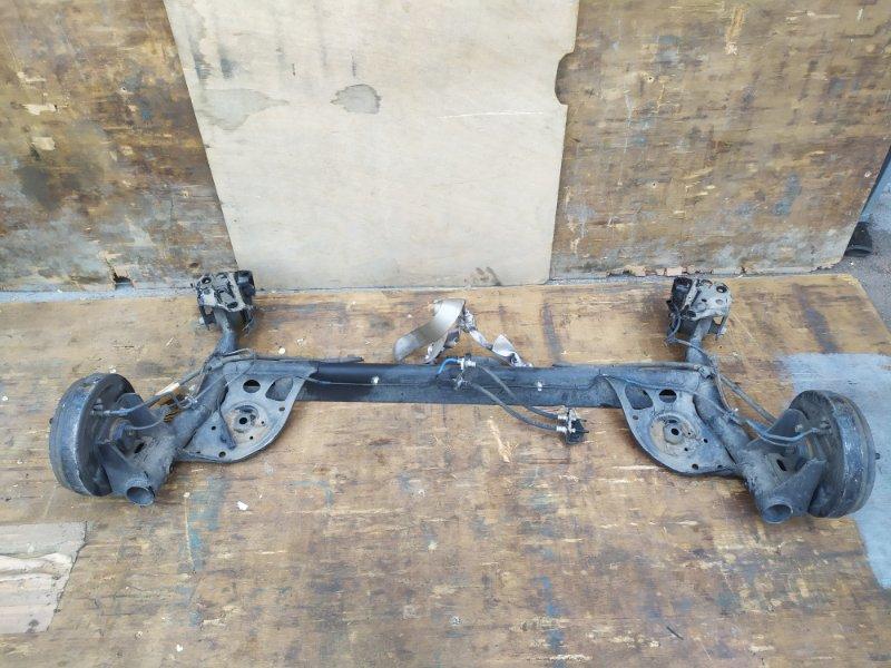 Балка со ступицами Nissan Tiida C11 HR15DE задняя