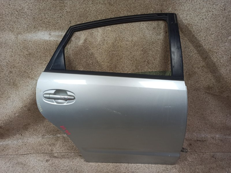 Дверь Toyota Prius NHW20 2005 задняя правая