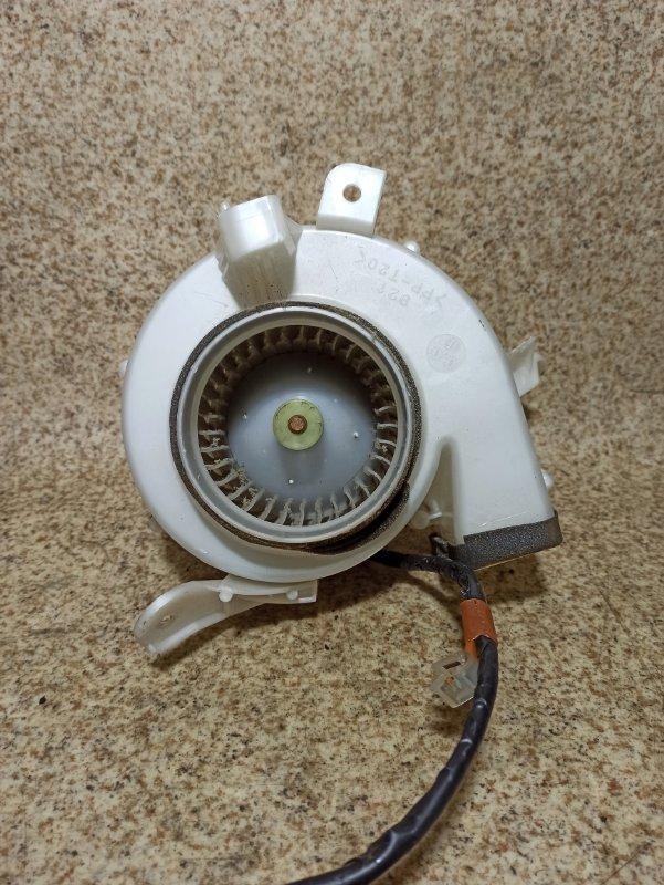 Мотор охлаждения батареи Toyota Prius NHW20
