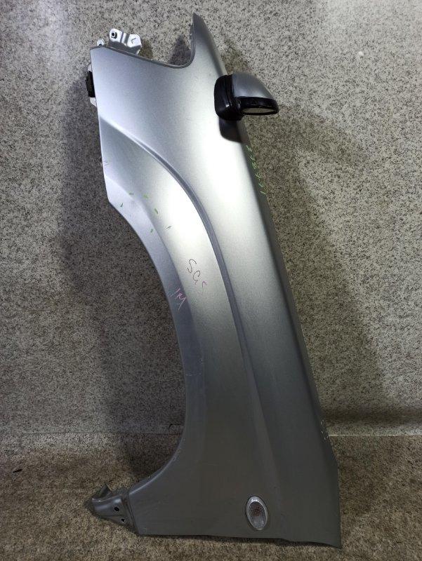 Крыло Subaru Forester SG5 переднее левое