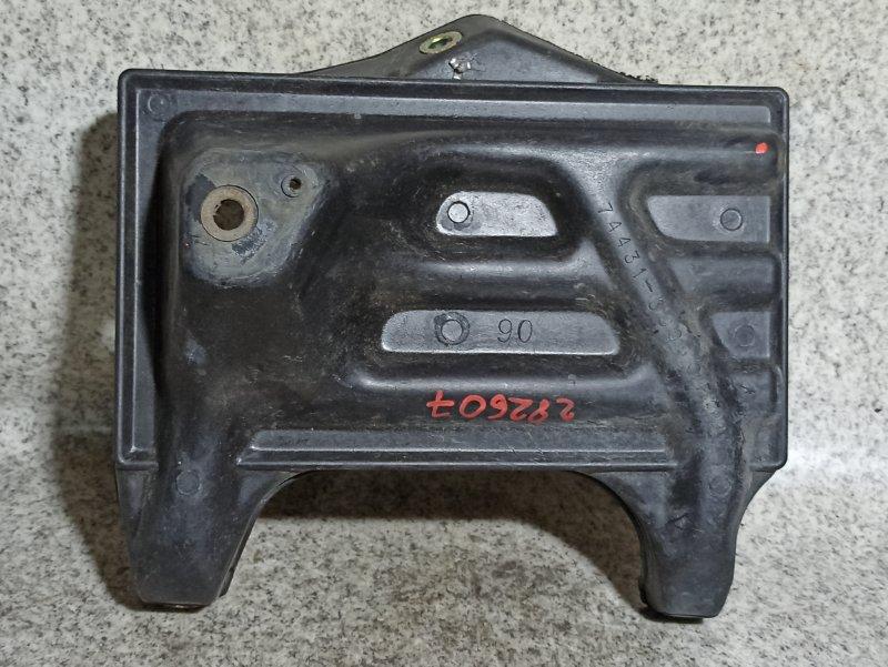 Крепление Toyota Crown GS141