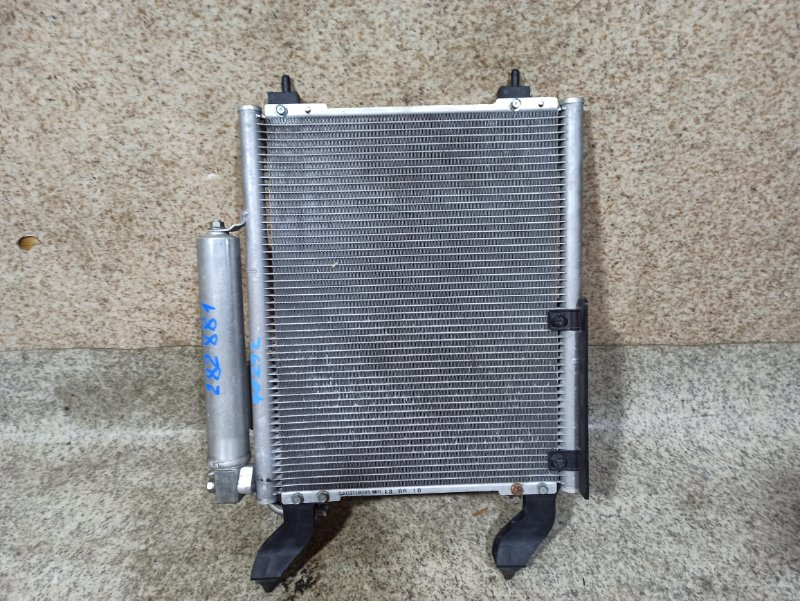 Радиатор кондиционера Mitsubishi Toppo H82A 3G83