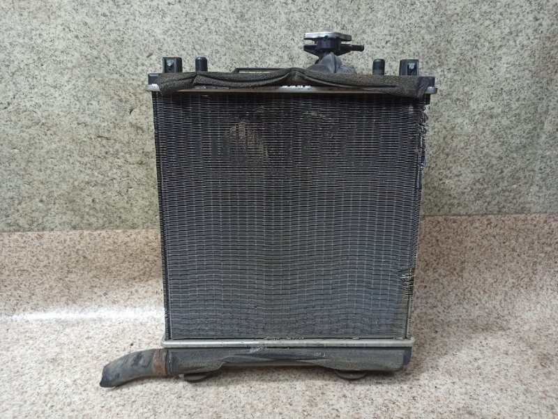 Радиатор основной Suzuki Alto HA24S K6A