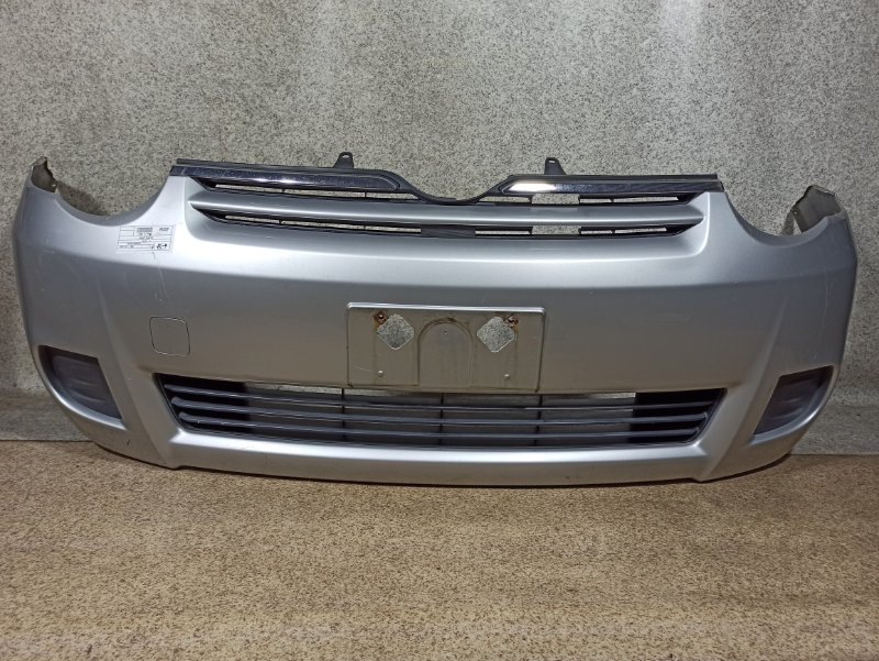 Бампер Toyota Sienta NCP81 2010 передний