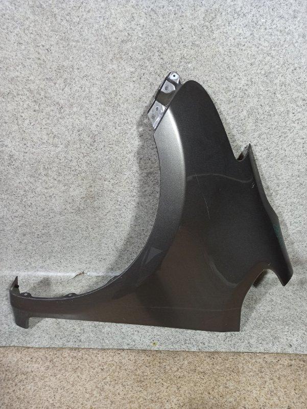 Крыло Toyota Ractis SCP100 2006 переднее левое