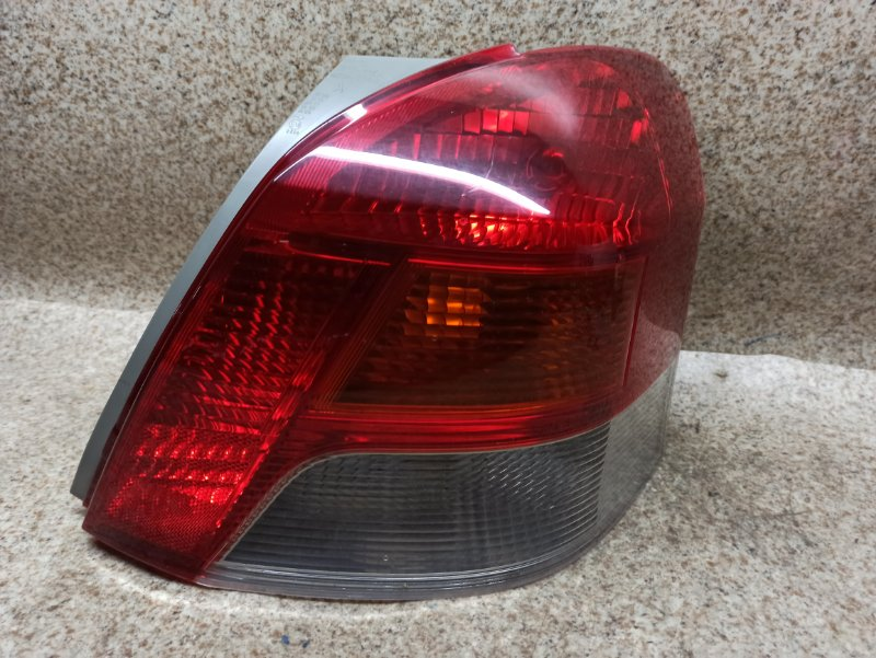 Стоп-сигнал Toyota Vitz KSP90 2008 задний правый