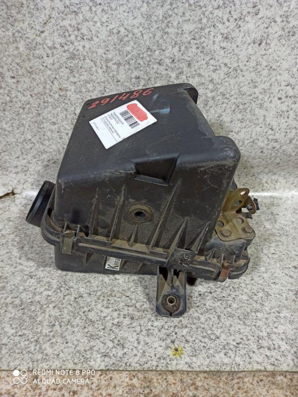 Корпус воздушного фильтра Mazda Bongo SK22