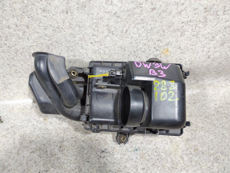 Корпус воздушного фильтра Mazda Demio DW3W B3