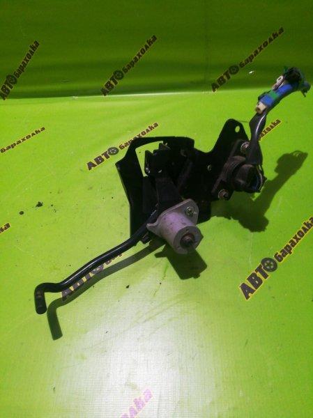 Педаль газа Isuzu Elf NKR81 4HL1 2005