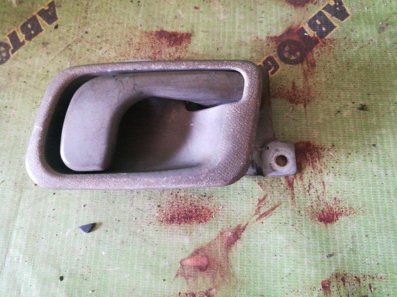 Ручка двери внутренняя Mitsubishi Canter FB511 4M40 левая