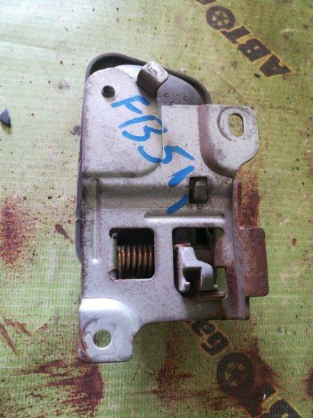 Ручка двери внутренняя Mitsubishi Canter FB511 4M40 правая